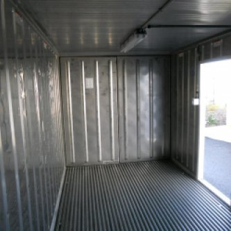 20ft RFR Freezer Chiller internal view